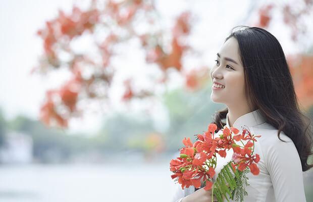 Thuyết minh về cây hoa mai
